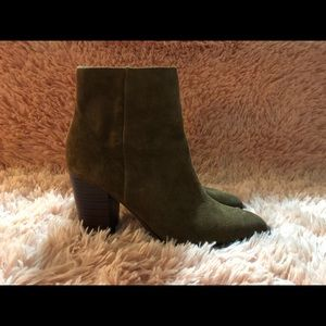 Brown suede leather Sam Edelman boots